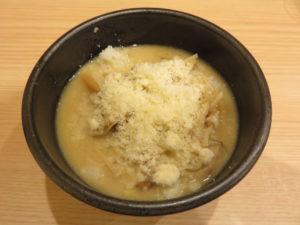 ミルク味噌ラーメン@煮干し中華そば にいぼし:リゾット