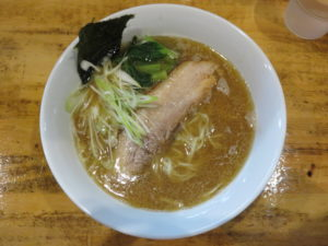 醤油ラーメン@らーめん処 麺てつ:ビジュアル:トップ