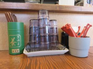 蟹SOBA&サーモンとイクラと生のりと山葵の和えそば@拉麺 イチバノナカ:卓上