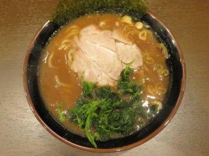 ラーメン 並盛@わいず製麺:ビジュアル:トップ