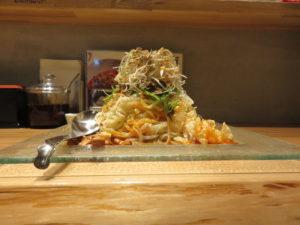 冷やし汁なし担担麺@175°DENO担担麺 神田駅北口店:ビジュアル:サイド