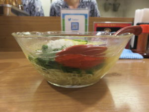 夏野菜の冷やし麺 アスパラだし仕立て@鯛塩そば 灯花:ビジュアル:サイド