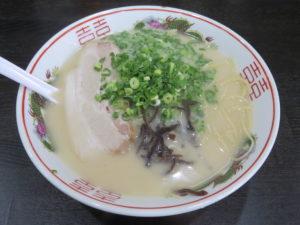 博多豚骨ラーメン@麺屋しょうちゃん:ビジュアル