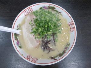 博多豚骨ラーメン@麺屋しょうちゃん:ビジュアル:トップ