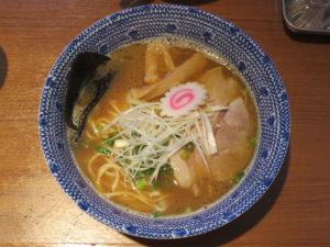 魚介とんこつラーメン@麺屋わおん:ビジュアル:トップ
