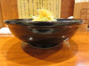 本格東京ジャージャー麺(並盛り)@本格東京ジャージャー麺 中野本店:ビジュアル:サイド