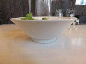 塩そば@麺や 彩~iro~:ビジュアル:サイド