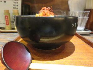 辛味噌ラーメン(2辛)@恵比寿らぁ麺屋 つなぎ 中野店:ビジュアル:サイド