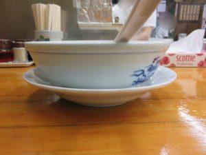中華麺(半々ワンタン)@中華そば専門店 勝や:ビジュアル:サイド