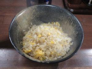辛味噌ラーメン(太麺)@味噌専門店 彩雲:半チャーハン