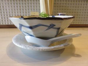 鯛煮干の塩そば@タナカ ロボ:ビジュアル:サイド