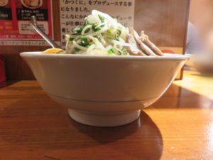 旨辛かつくに(3辛)@旨辛麺 かつくに 荻窪店:ビジュアル:サイド