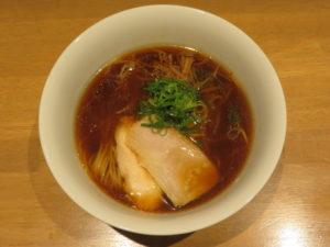 醤油らぁ麺@らぁ麺や 嶋:ビジュアル:トップ