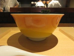醤油らぁ麺@NIPPON RAMEN 凛 TOKYO:ビジュアル:サイド