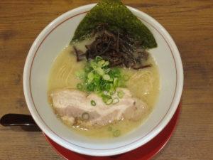鶏豚骨白(細麺)@鶏・豚骨らーめん 水沢:ビジュアル:トップ