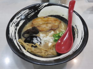超濃厚とんこつラーメン@麺屋ごうせい:ビジュアル