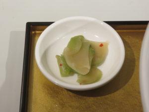 ふかひれ贅沢フォアグラ麺@フカヒレ フィンフィン 新橋店:ザーサイ