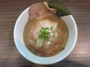 濃厚煮干蕎麦@麺屋 煮干と鶏 ひんな:ビジュアル:トップ