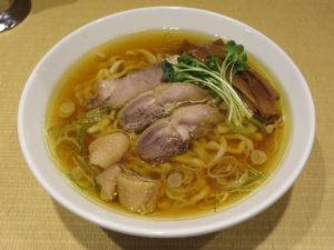 親鶏中華そば(中太麺)@手打 親鶏中華そば 綾川:ビジュアル
