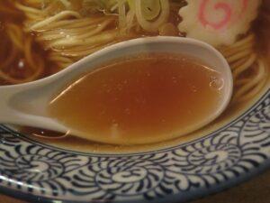 醤ラーメン・純@醤ラーメン くうかい 高田馬場(高田馬場駅)スープ