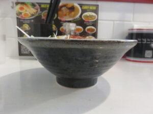 ポタージュカレー麺@ニコニコまぜ麺&カレー(岩本町駅)ビジュアル:サイド