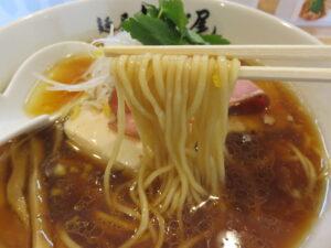 しょうゆらーめん@麺屋 なが尾(草加駅)麺