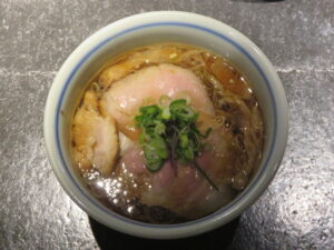 REGULAR(醤油ラーメン)@駄目な隣人(人形町駅)ビジュアル:トップ