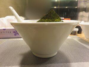 昆布の塩らー麺@昆布の塩らー麺専門店 MANNISH 東日本橋店(東日本橋駅)ビジュアル:サイド