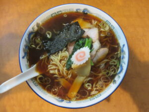 醤油ラーメン@麺屋かむい(高円寺駅)ビジュアル:トップ