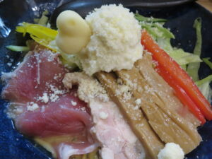 北海道の白いゆきそば~white snow~@Maze Cafe* ラーメン美谷(上野駅)具