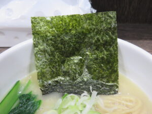 鶏そば@オタクが作るラーメンは異世界でも通用するらしい。(本千葉駅)具:海苔