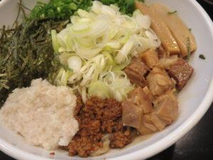 極麺龍まぜそば@まぜそば専門 龍虎の麺(亀有駅)具1