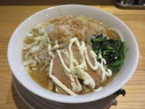 ラーメン 醤油(中太麺)@成り上がれ 亀有店(亀有駅)ビジュアル