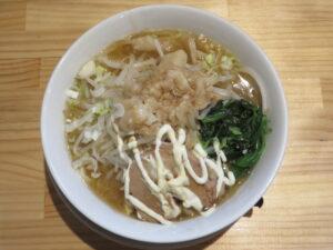 ラーメン 醤油(中太麺)@成り上がれ 亀有店(亀有駅)ビジュアル:トップ