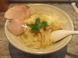 ワンタンメン(塩)@麺食堂 くにを(国分寺駅)ビジュアル