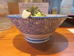 小麦三昧(冷やしらーめん)@らーめん 芝浜(下新田駅)冷やしらーめん:ビジュアル:サイド