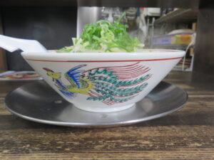 津軽煮干★★BLACK(手打麺)@長尾中華そば 青森駅前店(青森駅)ビジュアル:サイド