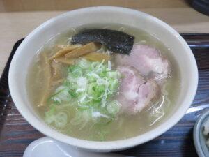 塩ラーメン(あっさり味)(細麺)@らーめん工房 魚一(釧路駅)ビジュアル