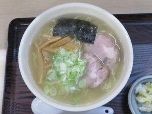 塩ラーメン(あっさり味)(細麺)@らーめん工房 魚一(釧路駅)ビジュアル:トップ